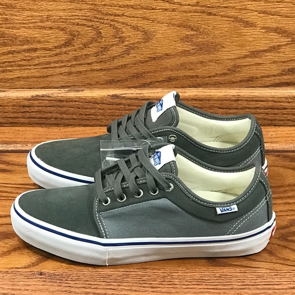 feb658841f Vans Chukka Low Pro Two Tone Gunmetal Monument